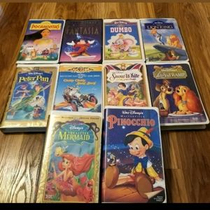 DISNEY CHILDRENS CLASSICS 10 VHS TAPES